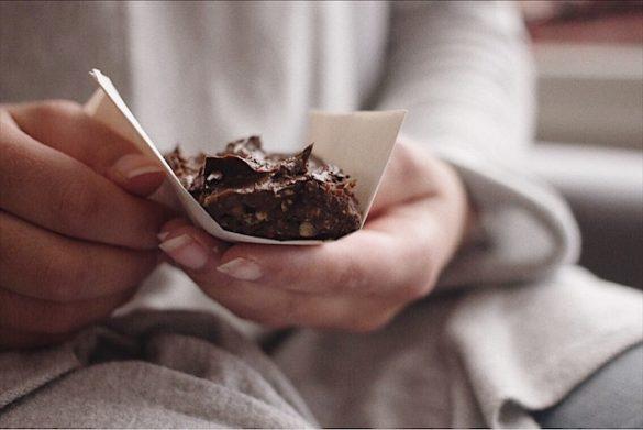 Barres tendres au chocolat et glaçage au chocolat