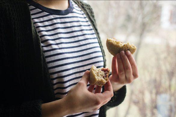 Muffins aux bananes et à la confiture
